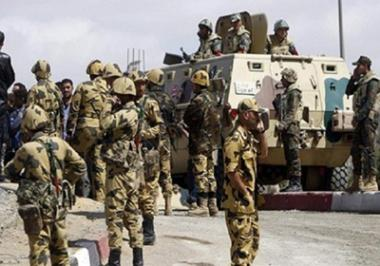 Troops in Egypt Sinai arrest 11 suspects, 15 African immigrants